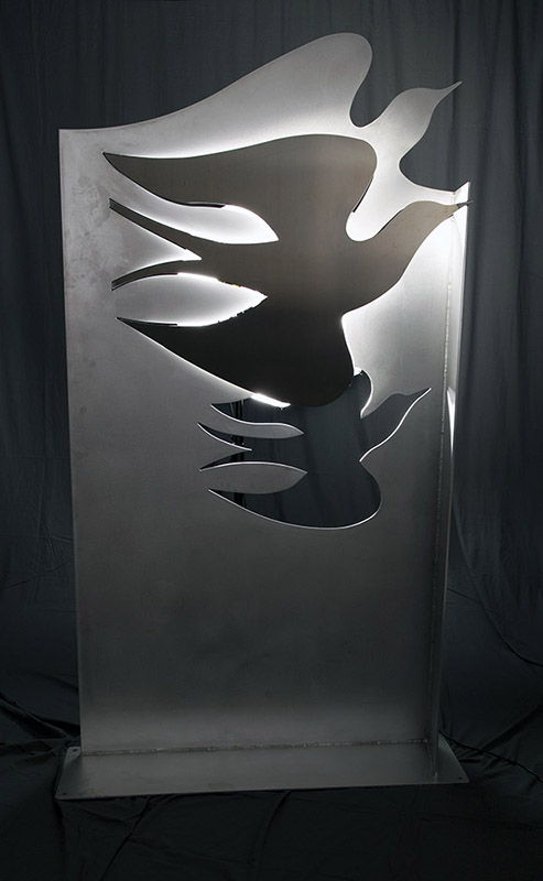 jokerfx-visual-communication-and-display-ontario-3-dimensional-design-manufacturing-WW-7ft-Bird